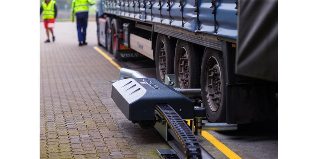 Sistema de inmovilización automática de vehículos, referencia DE6190AR de ASSA ABLOY