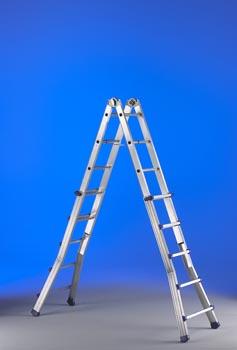 Hispano industrias svelt s l productos construnario for Escaleras de aluminio usadas