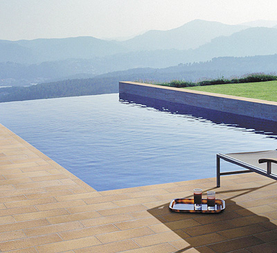 Gres breda s a noticias construnario for Gres de breda para piscinas
