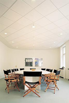 Rockfon lanza pacific el techo para los presupuestos m s - Decorador de interiores barato ...