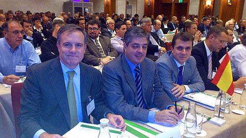 Breve informe de la 7 conferencia internacional de con feras celebrada en estocolmo - Maderas alberch ...