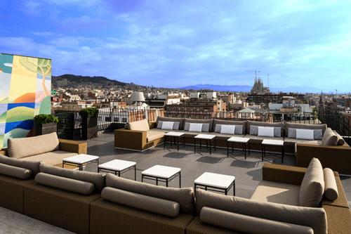 Grupo kettal amuebla la terraza del majestic hotel spa for Muebles terraza barcelona