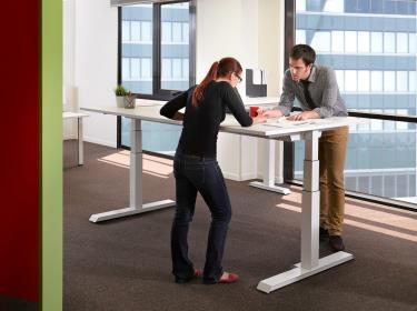 Trabajar de pie en la oficina mejora nuestra salud for Trabajar en oficinas de mercadona