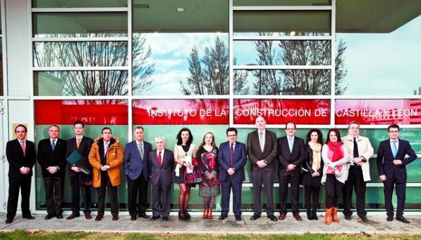 El iccl nombrado colegiado de honor del colegio de - Colegio de aparejadores de tenerife ...