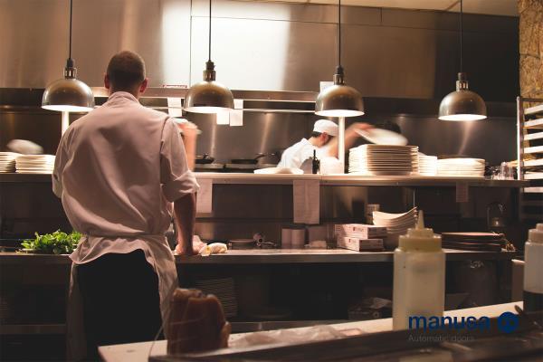 Seguridad En Las Cocinas Industriales Construnariocom - Cocinas-de-bares